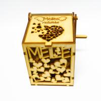 """Fanerinė dėžutė """"Meilė"""""""